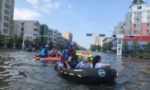 一家企业基金会如何把百万件物资精准送到救灾前线?